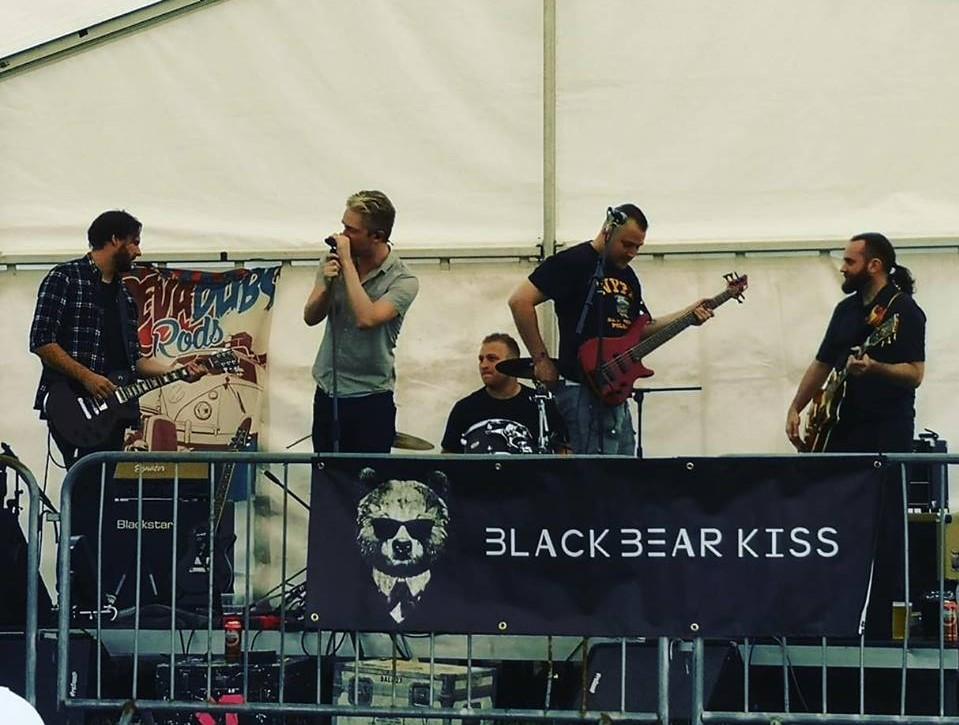 Black Bear Kiss 2